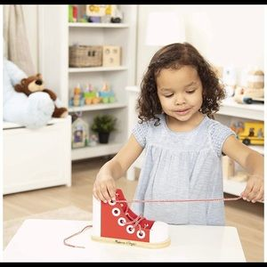 🔴3/$20 Melissa and Doug Wooden Lace up shoe